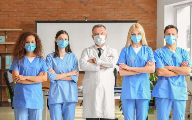 Things You Should Know When Deciding On A Career As A Medical Practitioner